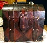 Antique Wood & Leather Carry On Case Houma, 70360