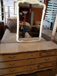 brown wooden dresser with mirror Tupelo, 38804