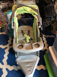 baby's green and black stroller Chesapeake, 23323