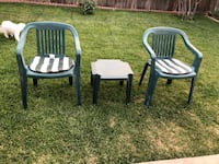 Plastic chairs and table  Modesto, 95350