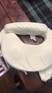 Never used my breastfriend nursing pillow Mechanicsville, 23116