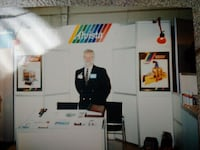 Accenta A-Line Display Case or Show Booth Mississauga, L5G 1C3