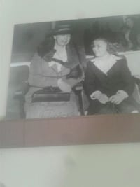 Canvas picture/no frame, ms. roosevelt w/child, Independence