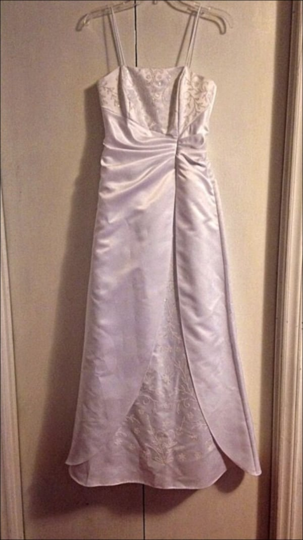 Wedding/Formal Dress    *** CAN BE DYED ANY COLOR or left white. d80e8e4d-436a-4413-8941-2698518bcf1c