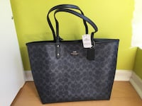 Brand new! Coach bag with wristlet  Toronto, M9B