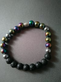 Metalic beaded diffuser bracelet