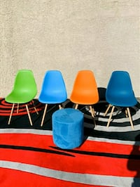 Beautiful Lowe Midcentury Side Dining Chairs