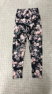 Urban Kids leggings size 10/12 Brampton, L6R 2E6