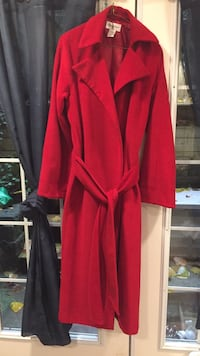 Red Newport News Size 8 Coat Coquitlam, V3E 3B3