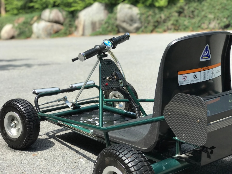 Photo Solar Wing 350 Powered Electric Go Kart w/ Reverse And Lights!