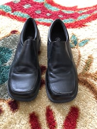 Boys black simulated leather slip on shoes London, N5Z 3E6