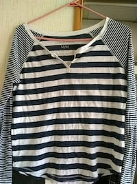 black and white stripe scoop-neck long sleeve shir Roswell, 88201