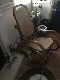 Rocking chair  North Vancouver, V7M 2J7
