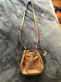 Michael Kors brown leather crossbody Laval, H7E 4P2