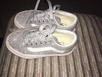 Youth girl glitter vans shoes size 11.5  Madera, 93637
