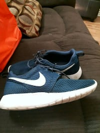 Nike shoes Barrie, L4N 9T3