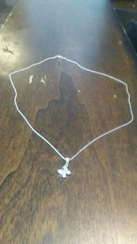 Stirling silver butterfly necklace Toronto, M9N 2A3