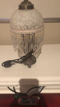Small table lamp..excellent condition Ottawa, K1C 7S2