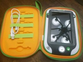 Leap frog ULTRA! PLUS Case and games.