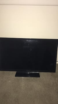 """32"""" willing to trade for laptop any model?? Stafford, 22556"""
