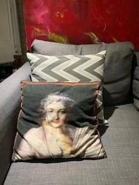 Set of Two Small Decorative Pillows Toronto, M6R 1S2