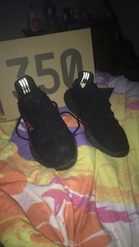 pair of black Adidas Yeezy Boost 350 V2 Allambie Heights, 2100