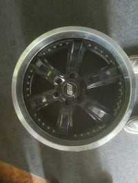 22 inch rims make me an offer Surrey, V4N 2N9