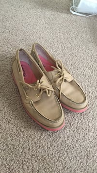 Women's Sperry Top-siders  Fayetteville, 28303