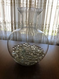 Glass Vase Vaughan, L6A 2J8