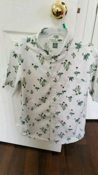 white and green floral v-neck shirt Brampton, L6P 3K1