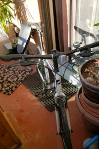 Giant  large bike, In very good condition.. Tires  Toronto, M4X 1M2