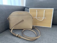Michael Kors bag, new Burnaby, V5H 4E4