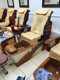 Pedicure chairs in great shape Columbia, 21045