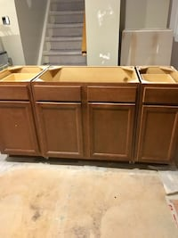 Cabinets for kitchen/laundry GUC - priced to sell Toronto, M9W 1W8