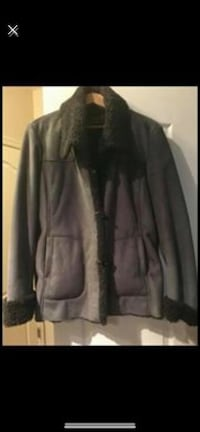 Jones New York,   Gray suede winter jacket. Only worn twice excellent condition. Size extra large Woodbridge, 22191
