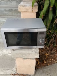 white microwave oven Los Angeles, 90018