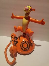 Vintage Disney Tigger Singing/Dancing Phone