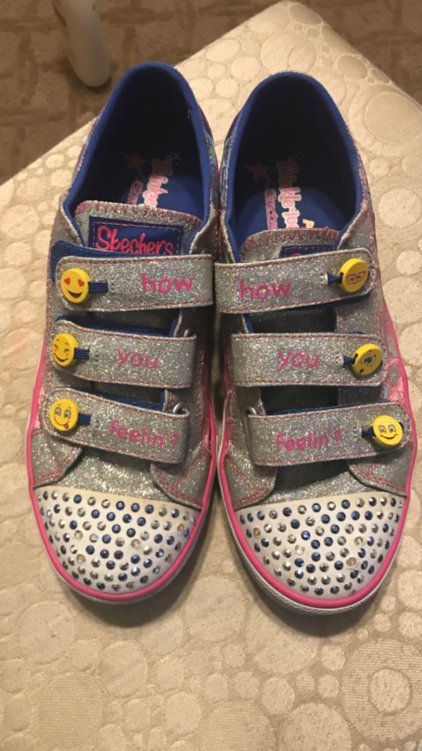 3ad4283180374 Used Girls sketchers size 4 for sale in Los Angeles - letgo