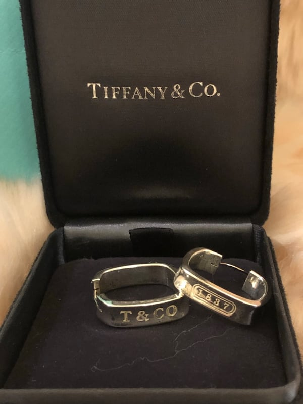 Authentic Tiffany and Co 1837 Square Round Hoop Earrings 5d7d160b-37b8-4d42-b65e-dd89ac7ee72c