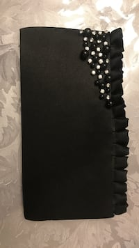 diamond encrusted black pouch Mississauga, L5A