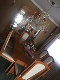 Dinning table with 6 chair, removable leaf brown wooden china cabinet with mirror London, N6C 5N8
