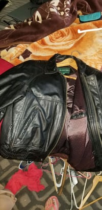 XL Hill and Archer leather coat! Very nice!!
