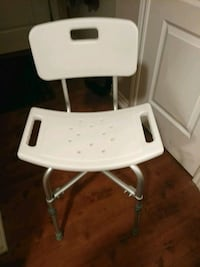 Brand New Shower Chair. Newmarket, L3Y 3J8