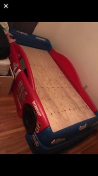 Red and blue car bed