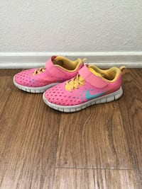 Nike shoes for girl Size 2Y Canyon Country, 91387