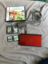 Nintendo ds lite with games St. Catharines, L2M