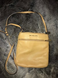 Brown/Beige Michael Kors Crossbody Bag Vancouver, V6B 0B9