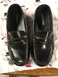 Boys 3 1/2 penny loafers