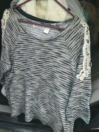 gray and black stripe scoop-neck shirt