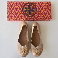 Authentic Tory Burch Caroline Nude Patent Leather Elastic Ballet Flats Burnaby, V5C 5A9